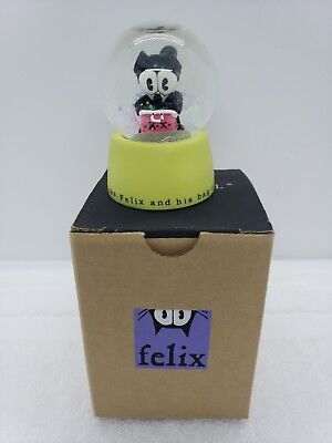 CLASSIC Felix the Cat SNOW GLOBE, Michel RARE vintage magic bag of tricks mini
