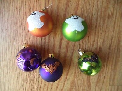Lot of 5 - Halloween Tree Ornaments Balls -  Ghost - Bats