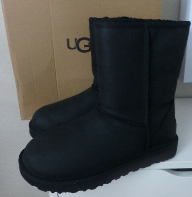 UGG Classic Short Leather Black 1016559 Water Resistant Boots Size 8 Brand New