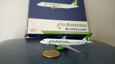 Air Australia Airbus A320, By Gemini 1:400 Model, Very Hard To Find One