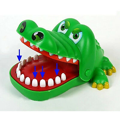 Funny Big Crocodile Mouth Dentist Bite Finger Toy Family Game For Kids New GIFT