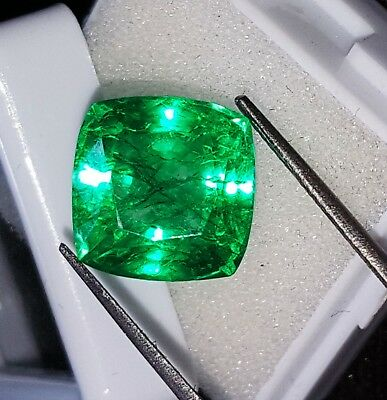 Certified Loose Gemstone 8.82 Ct Natural Emerald