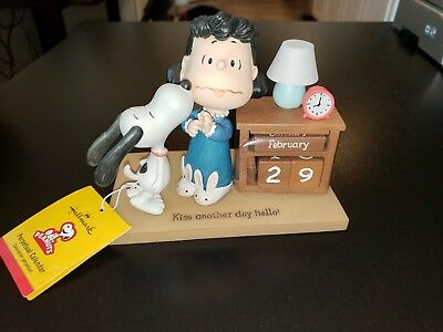 Peanuts Gallery 2013 Hallmark Snoopy Calendar with tag and numbers in wrap