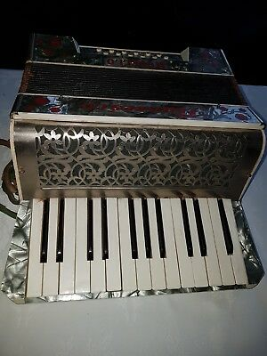 Accordion With Its Own Case Brand Is Francesco