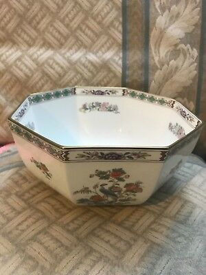 "Rare Wedgwood Kutani Crane R4508 8"" Octagonal Vegetable Bowl - Excellent In Box"
