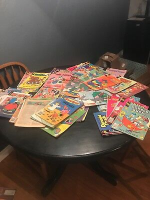 Disney & Warner Brother comic book lot 70s and 80s, fair cond. (Aprox 50 books)