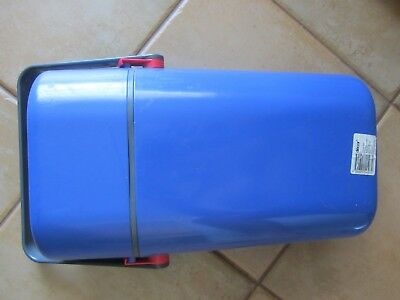 Retro Decor BYO Insulated 2 Wine Cooler in BLUE WITH GREY HANDLE