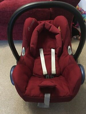 Maxi Cosi Cabriofix Car Seat and Easifix Base