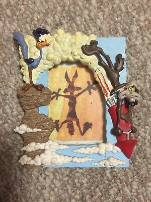 Warner Bros Looney Tunes Road Runner Wile Coyote Picture Frame Plymouth Mopar