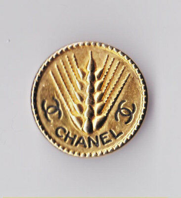 """CHANEL KNOPF Vintage       CHANEL """"Wheat"""" BUTTON"""