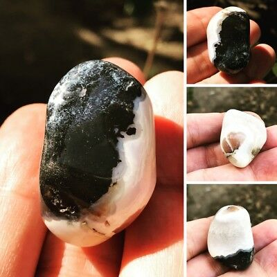 Antique Agate Sulimani stone14g natural two picture inside the stone very rare