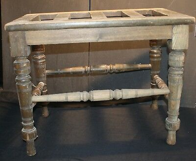 An Old Oak Suitcase Stand