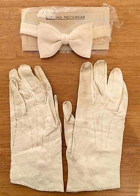 Vintage men's white bow tie and white kid evening gloves 1940s excellent