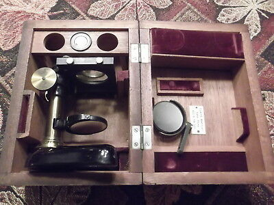Vintage E. Leitz Wetzlar microscope in wooden dovetailed box