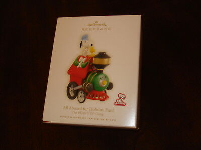 Peanuts Gang All Aboard for Holiday Fun! Holiday Ornament 2009 MIMB NRFB