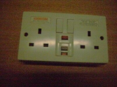 White Plastic Switched Twin 13A RCD Socket used
