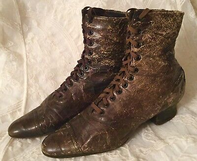 Antique Ladies Leather Shoes