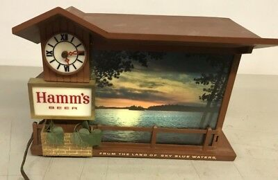 Antique Vintage Moving Water Hamm's Cabin Beer Sign Light Motion Waterfall Clock