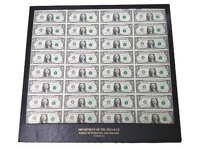 US Dept. of the Treasury - Uncut Sheet of 32 1$ Bills in Case  - 1981 Series E