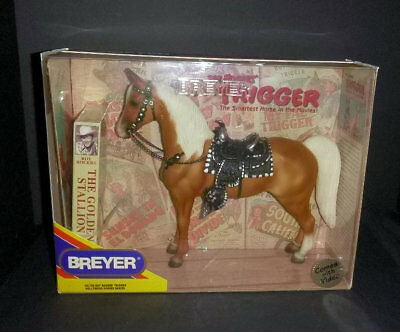 Breyer Traditional Roy Rogers Trigger Hollywood Heroes New in Box w VHS tape