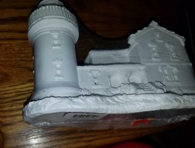 New Creative Crafts 20311 Admiralty Head Ready to paint sealed