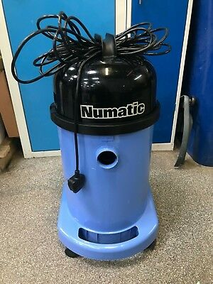 WET PICK UP Wet Vac Numatic WV 470-2 with a NEW floor tool, a hose and tubes