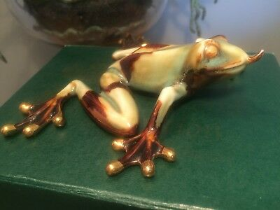 Golden Pond Collection frog RARE tongue out  ceramic green frog