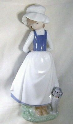 LLADRO/NAO Pretty young Maid with her Cute Poodle puppy Dog