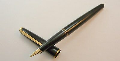 VINTAGE 1970s MONT BLANC 220 c/c POLISHED BLACK FOUNTAIN PEN