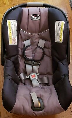 Chicco KeyFit® 30 Infant Car Seat, Base, and Baby Jogger stroller adapter - used