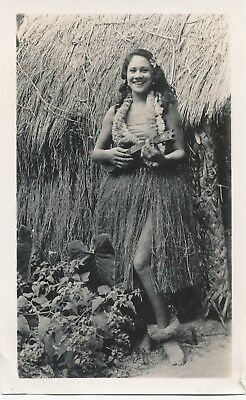 1940s Pretty Hawaiian Hula Girl playing ukulele at grass hut  Hawaii Photo