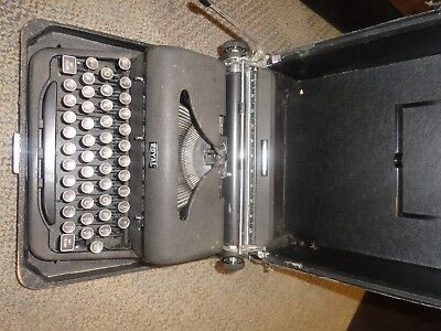 Vintage and Working Royal Portable Arrow Typewriter