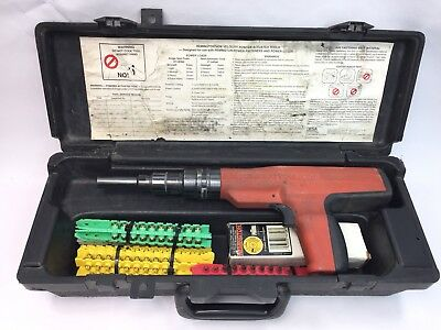 Remington 496 Powder Actuated Stud Fastener Nail Gun Tool in Case