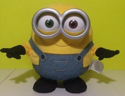 """Despicable Me Thinkway Toys Talking Moving Arms & Feet Minion Bob 8"""" EXCELLENT"""