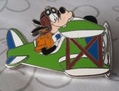 Pilot Goofy in an Airplane WDW Travel Company 2004 Disney Pin 29207