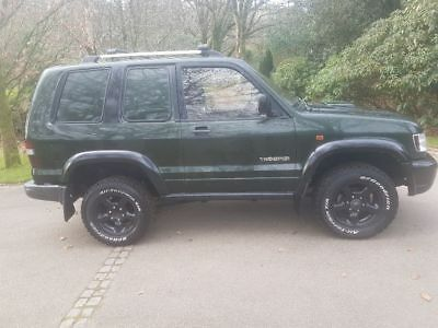Isuzu trooper 4x4 commercial
