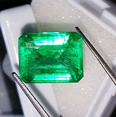 Loose Gemstone 7.72 Ct Natural Emerald Certified