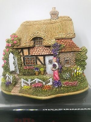 Lilliput Lane Thanks A Bunch 2001 The British Collection - New - Box - Deed