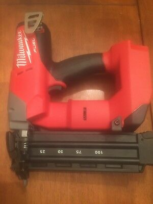 Milwaukee M18 Fuel 18-Volt Cordless 18-Gauge Brad Nailer 2740-20 18V 18GA Nail