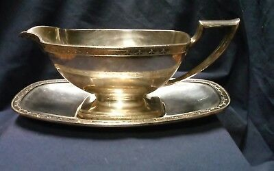 Beautiful Old 1847 Rodgers Brothers Silverplate Gravy Boat And Underplate