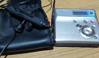 SONY WALKMAN mz-n505 type-R  working condition, with original case + headphones