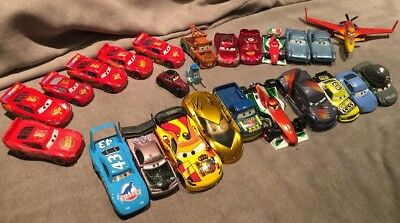 Cars Disney Pixar - Lot de 25 Voitures Et Avion