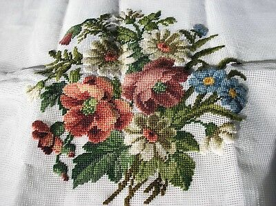 Vtg DAISIES & FLORAL ~ BIG Pre-Worked Design Needlepoint Canvas #1