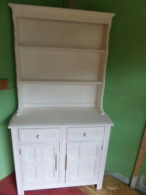 0Ak Painted Welsh Style, Dresser