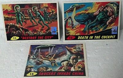 1994 Topps Mars Attacks 1st Day Series cards 3pk #11, #12, #15 only. Foil logo