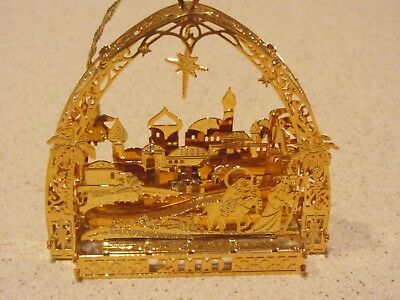 Pre-Owned-Danbury Mint Annual Gold Plated Ornament-2000 Town of Bethlehem-23kt