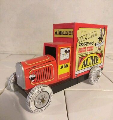 Loony Tunes W.B WILE COYOTE ACME TRAVELING GADGET SHOPPE TIN TRUCK Car VTG 1992
