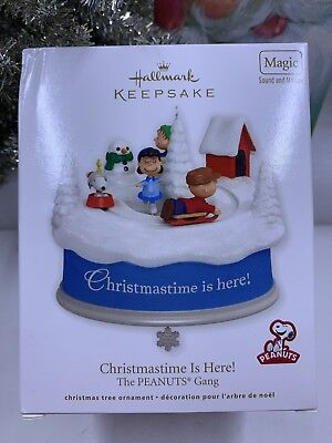 Hallmark Christmastime Is Here! The Peanuts Gang Magic And Motion Ornament