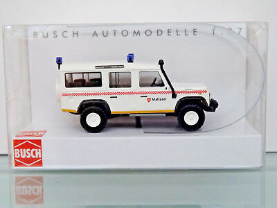 Busch 50319 - H0 1:87 - Land Rover Defender »Maltais« - Neuf Emballage D'Origine