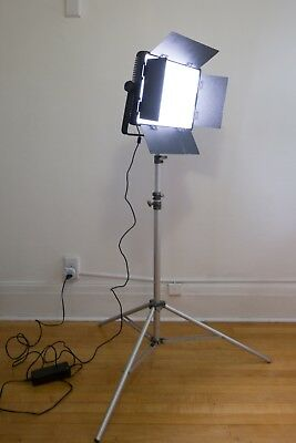 Nanguang CN-1200SA 5600K High CRI RA95 LED Video Studio Light Panel V-Mount
